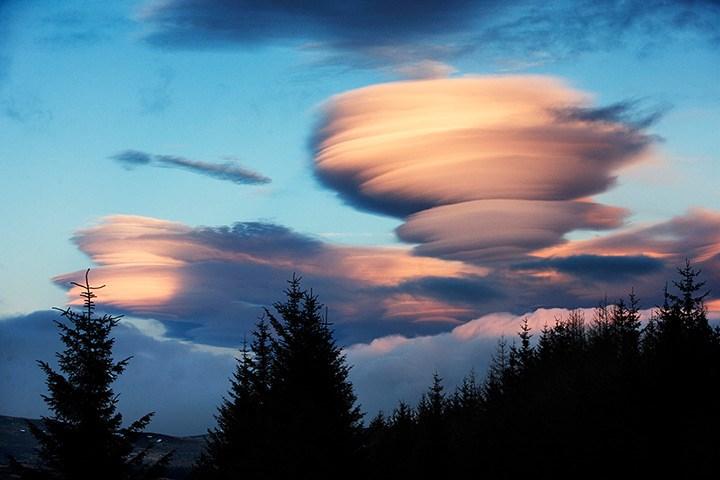 nuvens muita brisaLenticular1