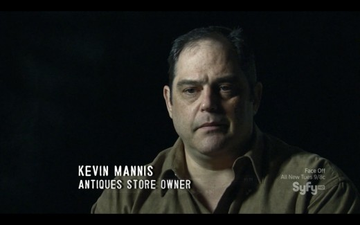 Kevin Mannis, no programa Paranormal Witness - documentário do canal SyFy