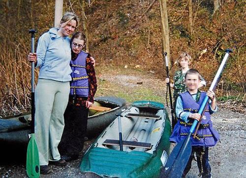 A Órfã - Klara, Barbora e as crianças