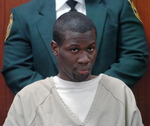 Lionel Tate, mais velho, em seu outro julgamento