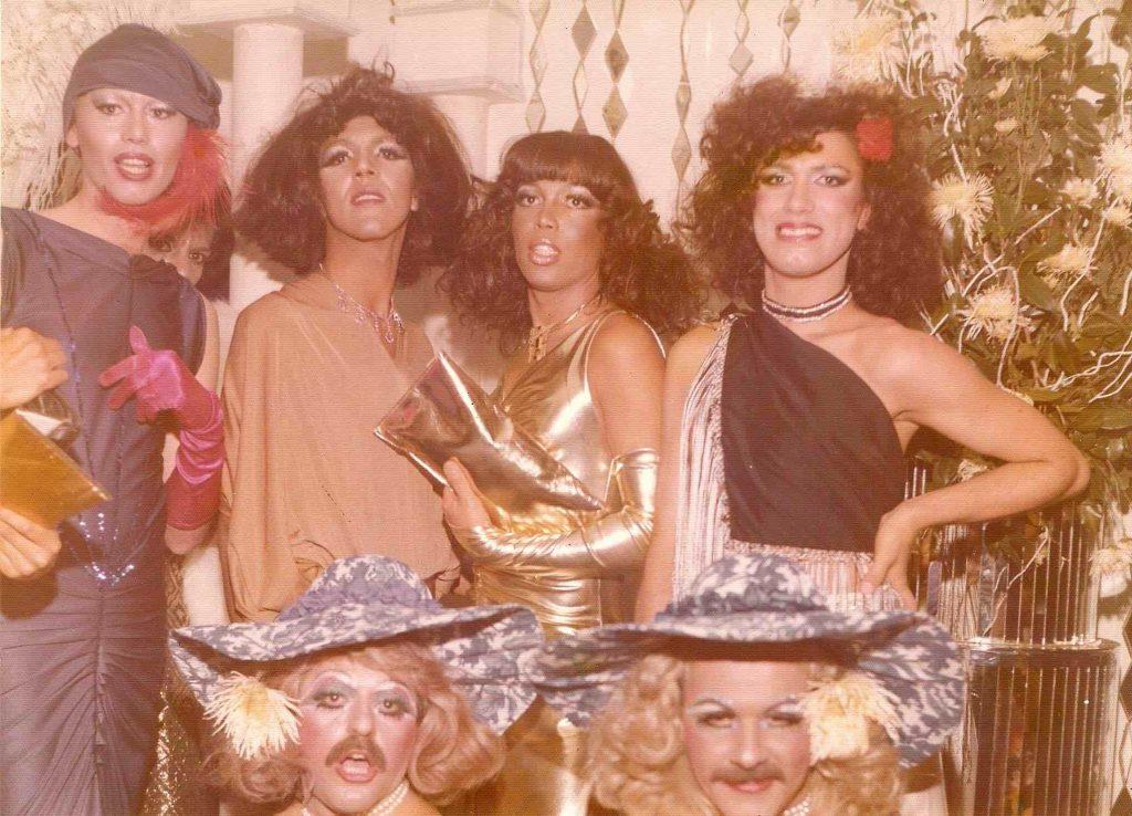 Viagem na noite LGBT de São Paulo - Galera lindíssima e ahazany no Medieval