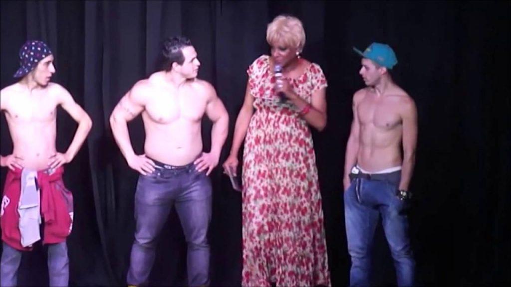 Viagem na noite LGBT de São Paulo - A drag queen Silvetty Montilla, a mais pop de todas, num de seus shows divertidíssimos em uma balada gay